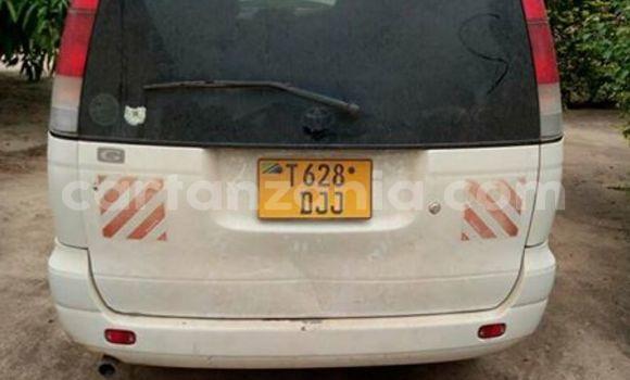 Buy Used Toyota Noah White Car in Karatu in Arusha
