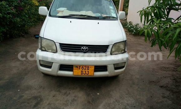 Buy Used Toyota Noah White Car in Karatu in Arusha
