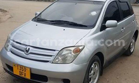 Buy Used Toyota IST Silver Car in Karatu in Arusha