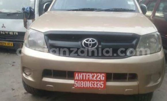 Buy Used Toyota Hilux Brown Car in Dar es Salaam in Dar es Salaam