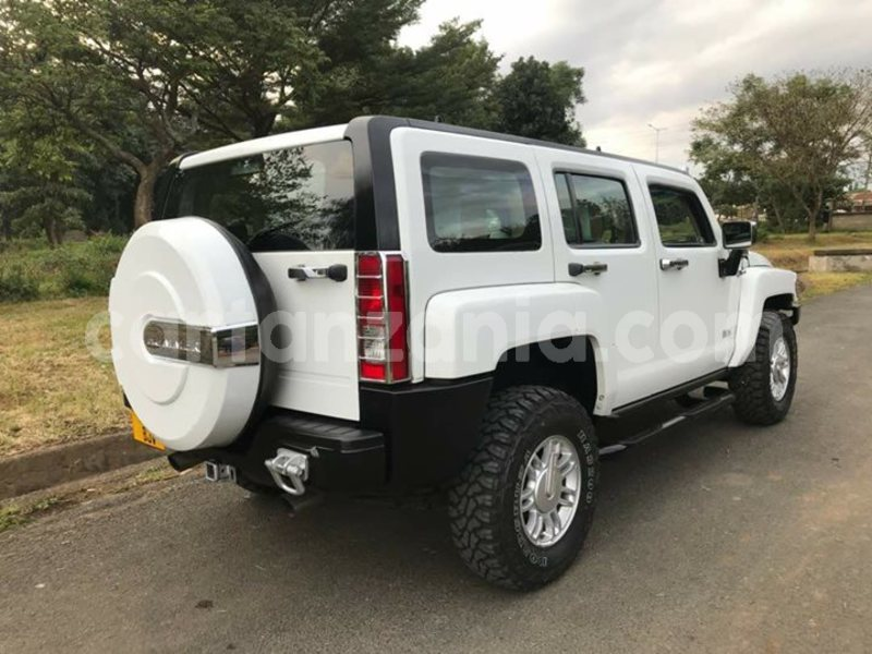 Buy Used Hummer H3 White Car in Dar es Salaam in Dar es Salaam